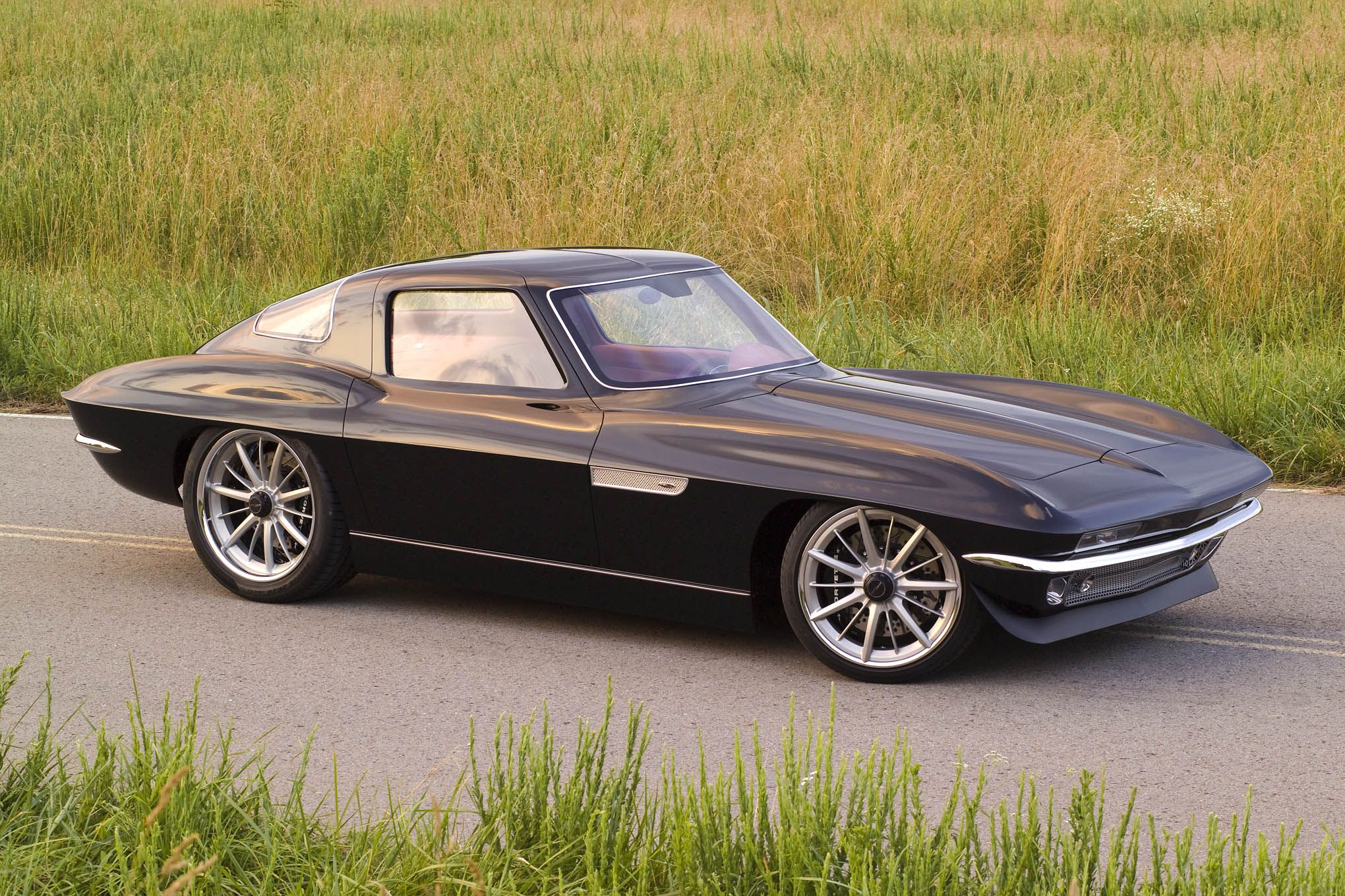 Let Your Eyes Drool At The Ultimate 1965 Corvette Sting