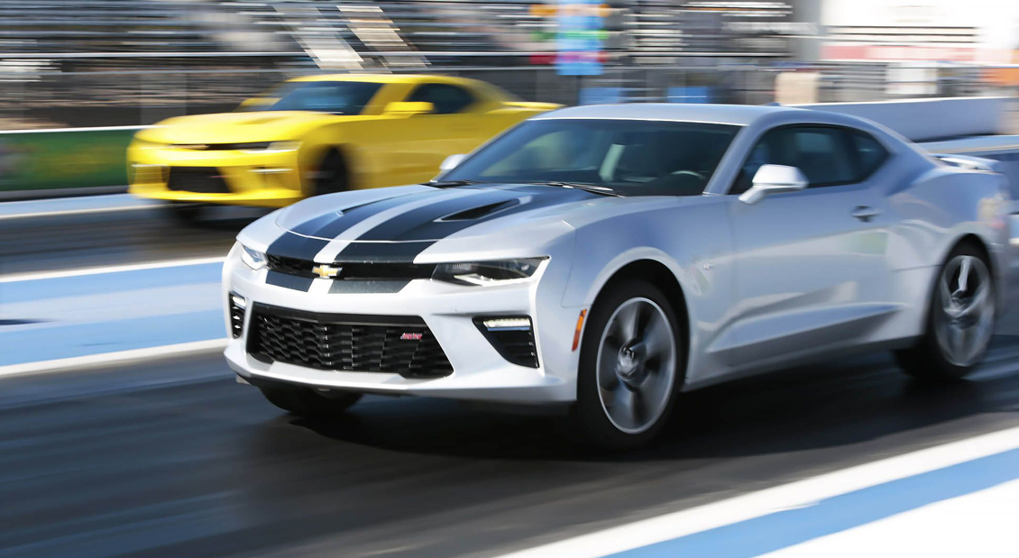 should you race your 2016 chevy camaro ss with a stick or a slush rh vettetv com manual vs automatic drag racing manual or automatic racing