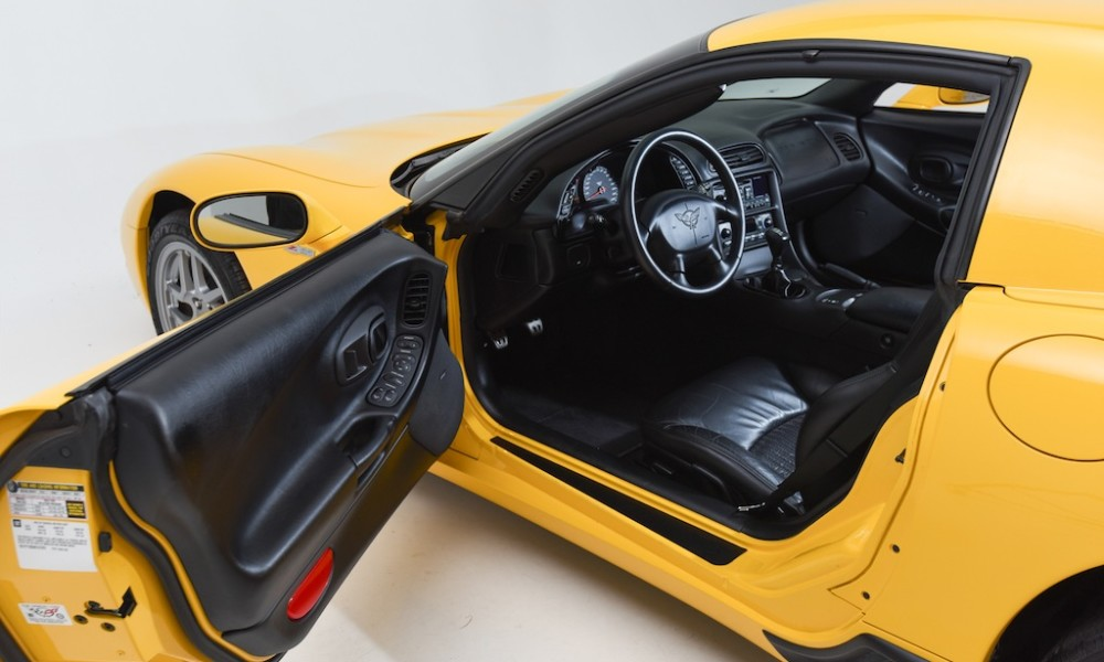 Rare Find 2004 Corvette Z06 With Only 2 452 Miles On The Clock Vettetv