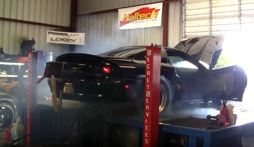 Camaro tire explodes on dyno