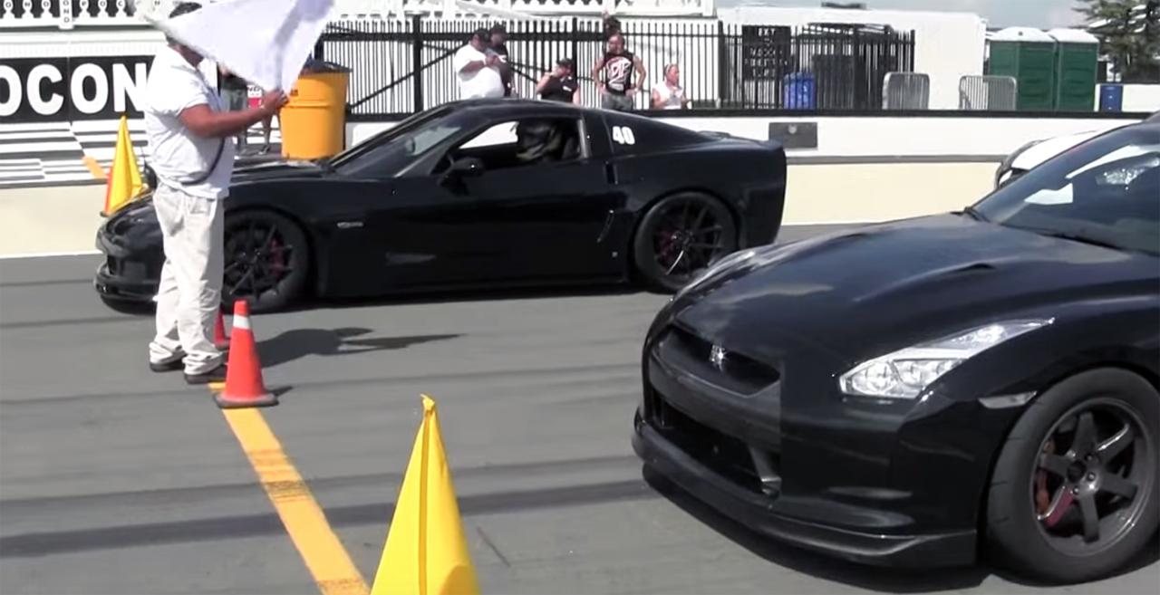 1300whp Nissan GTR R35 vs. 600whp Corvette Z06 - Roll Racing