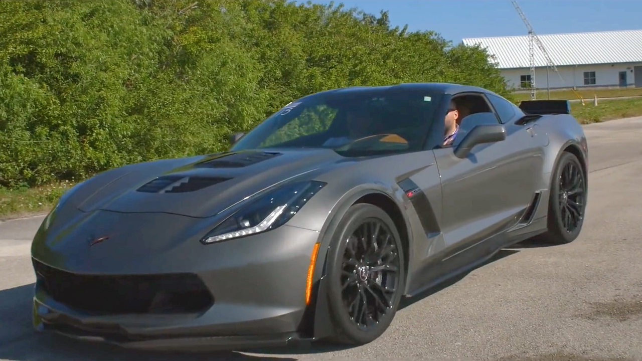 C7 Callaway Corvette Z06 Standing Mile Run At The Nasa Runway