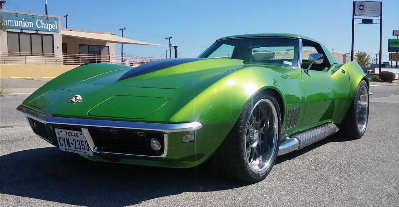 green_machine_1968_corvette