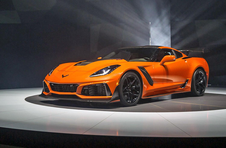 the king is back 755 horsepower corvette c7 zr1 revealed vettetv. Black Bedroom Furniture Sets. Home Design Ideas